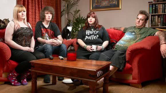 Gogglebox Seasons 1, 2, 3, 4 and 5 with All Episodes