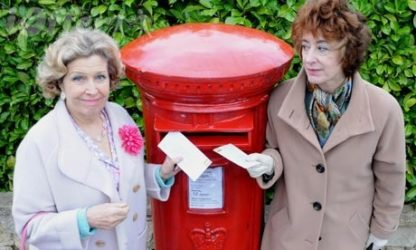 Ladies of Letters starring Anne Reid and Maureen Lipma 1