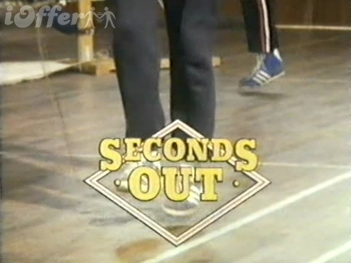 Seconds Out Seasons 1 and 2 starring Robert Lindsay