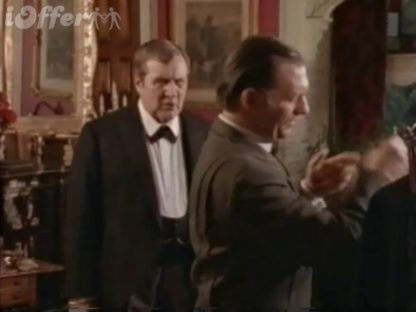 The Hound of London starring Patrick Macnee 3
