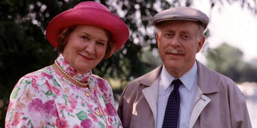 Keeping Up Appearances (Patricia Routledge) All 44 Episodes